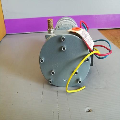 GAST Vacuum Pump รุ่น 1032-101-G618X